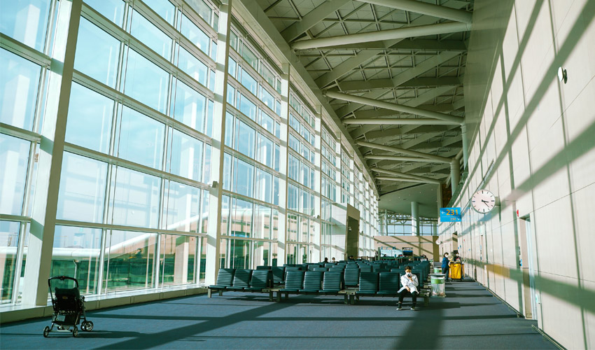 Travel to Seoul via Incheon International Airport this holiday.